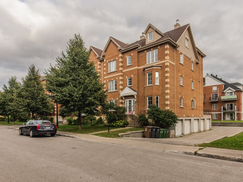 2466 Rue Harriet-Quimby Photo 1