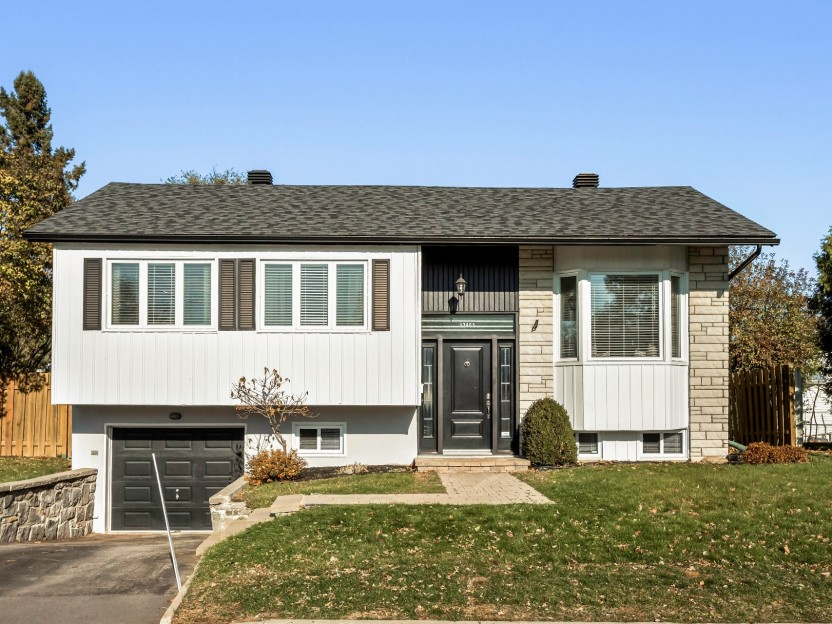 12465 Rue Breault Photo 1