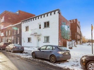 121-123 Rue Beaubien O. Photo 1